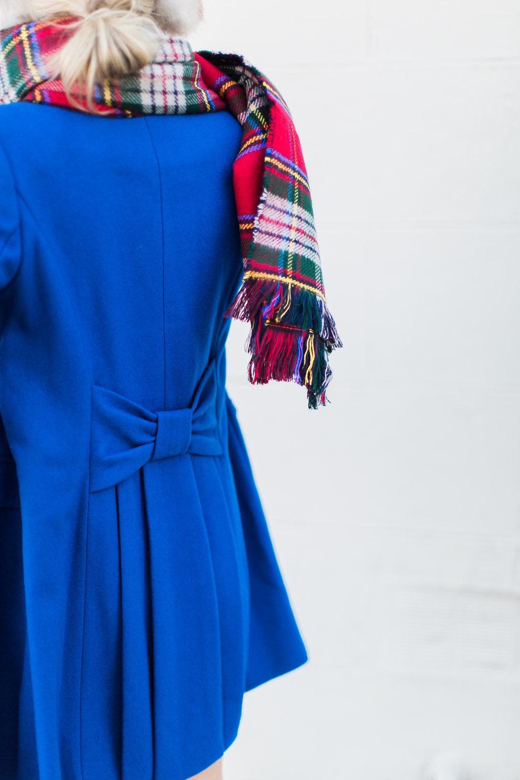 coat-bow