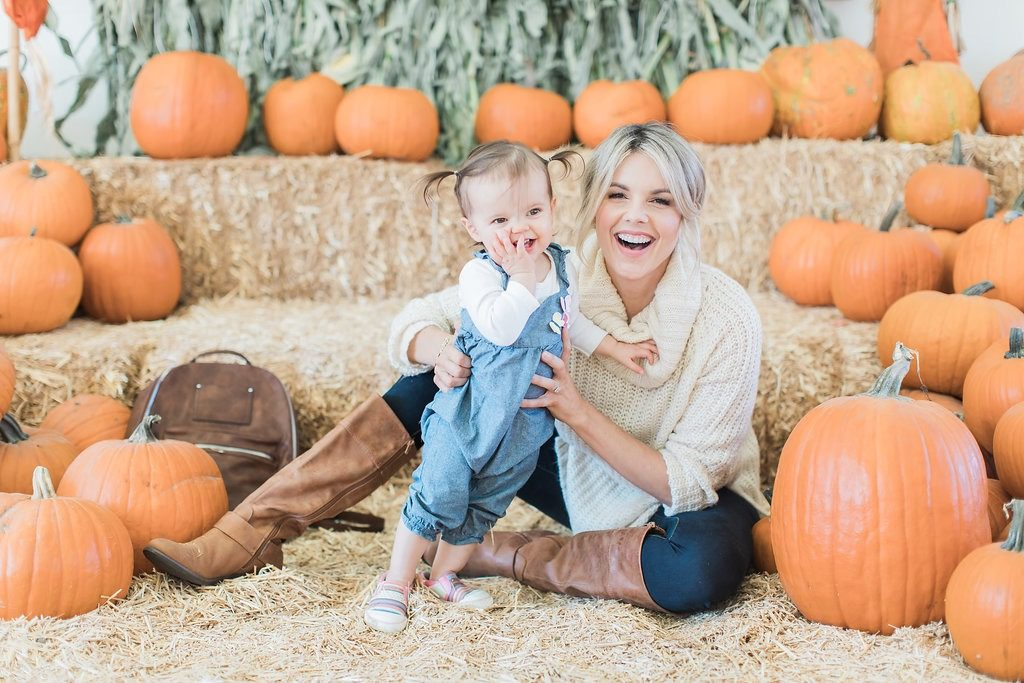 Pumpkin Patch Visit in the Perfect Fall Outfit