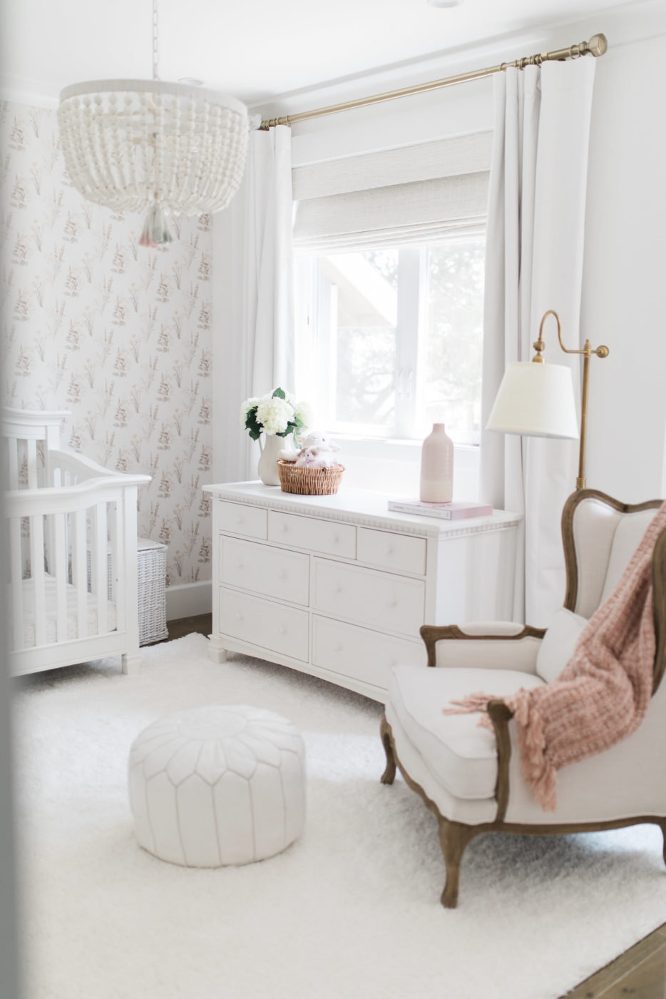 ALI LUVS HOME TOUR – Molly's Room – A Little Girls Room