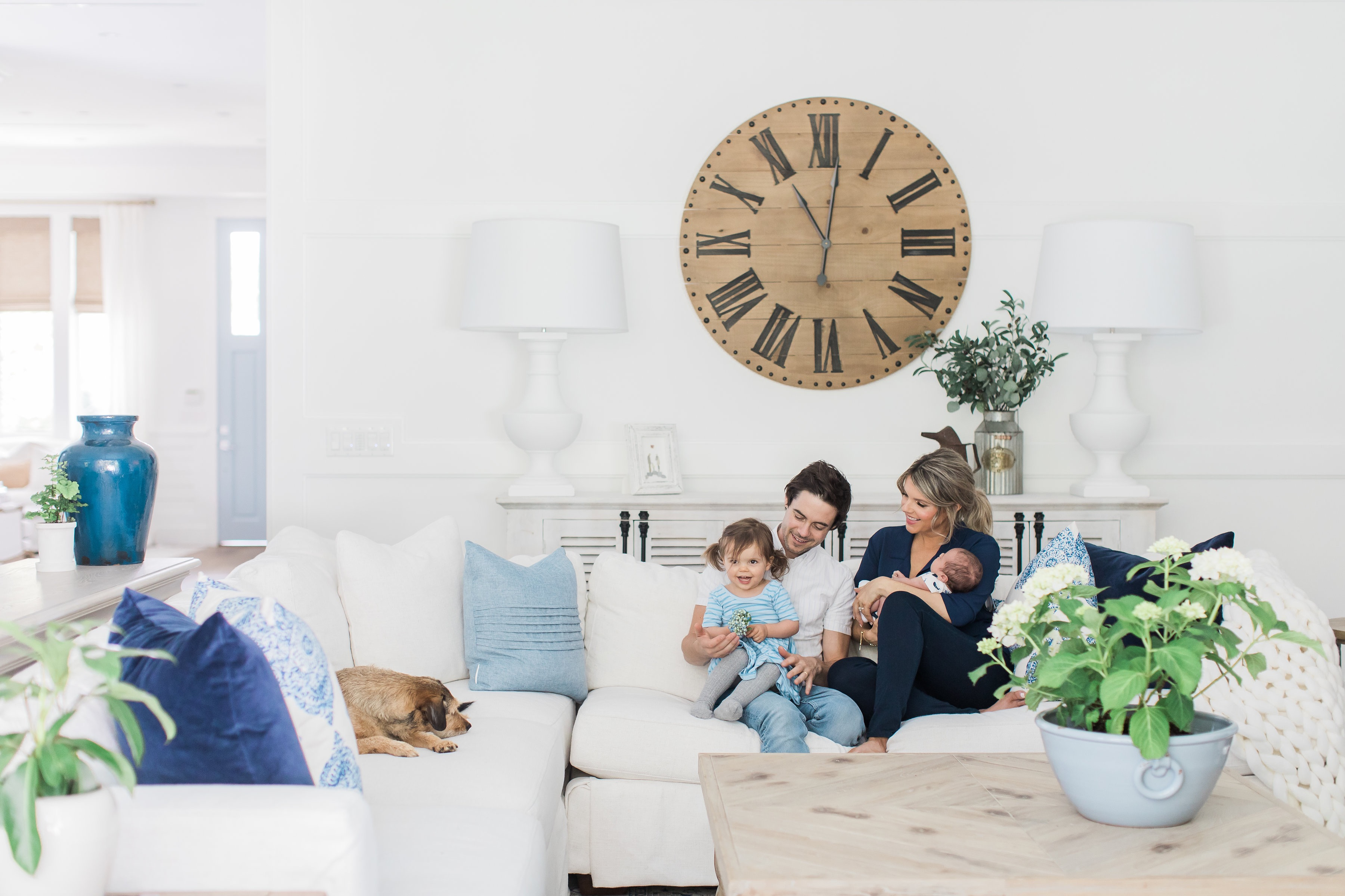 Sensational Ali Luvs Home Tour Family Room Ali Manno Fedotowsky Short Links Chair Design For Home Short Linksinfo