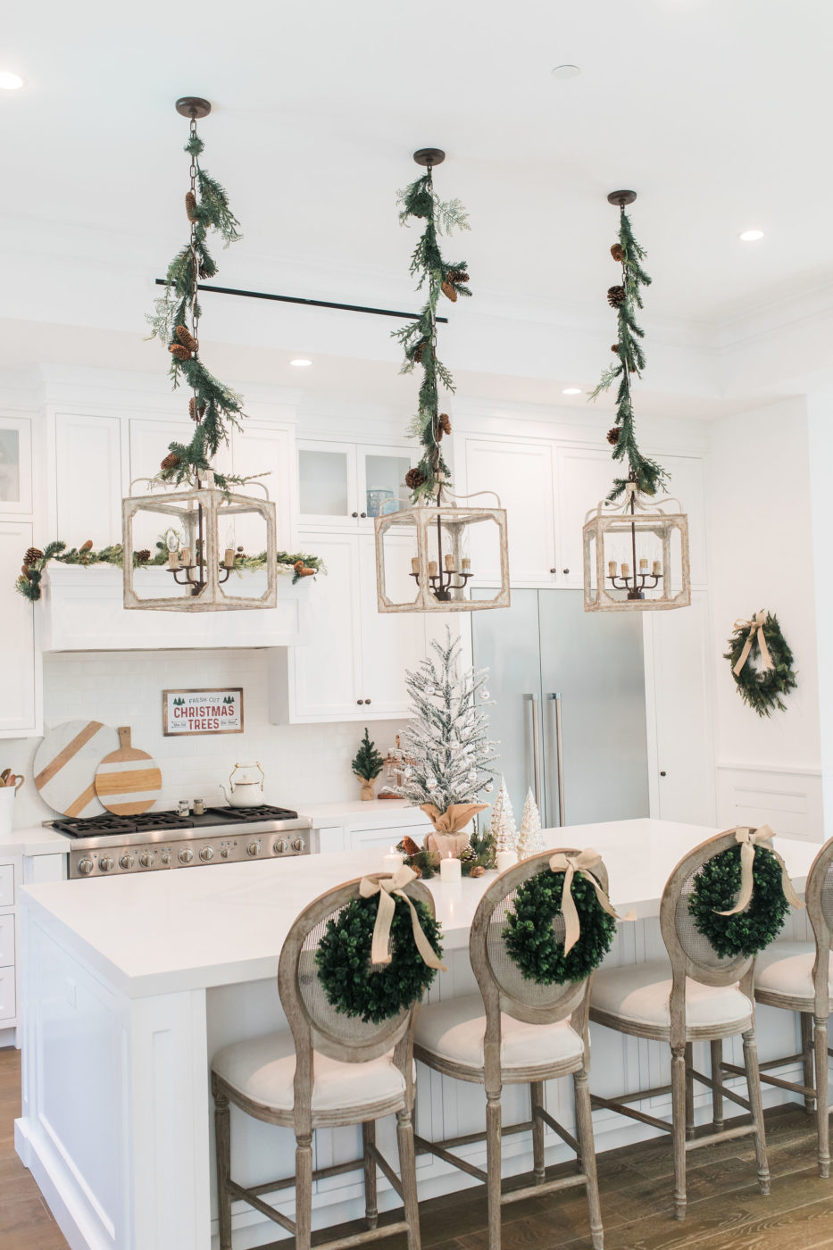 I'm Dreaming of a White Christmas Kitchen!