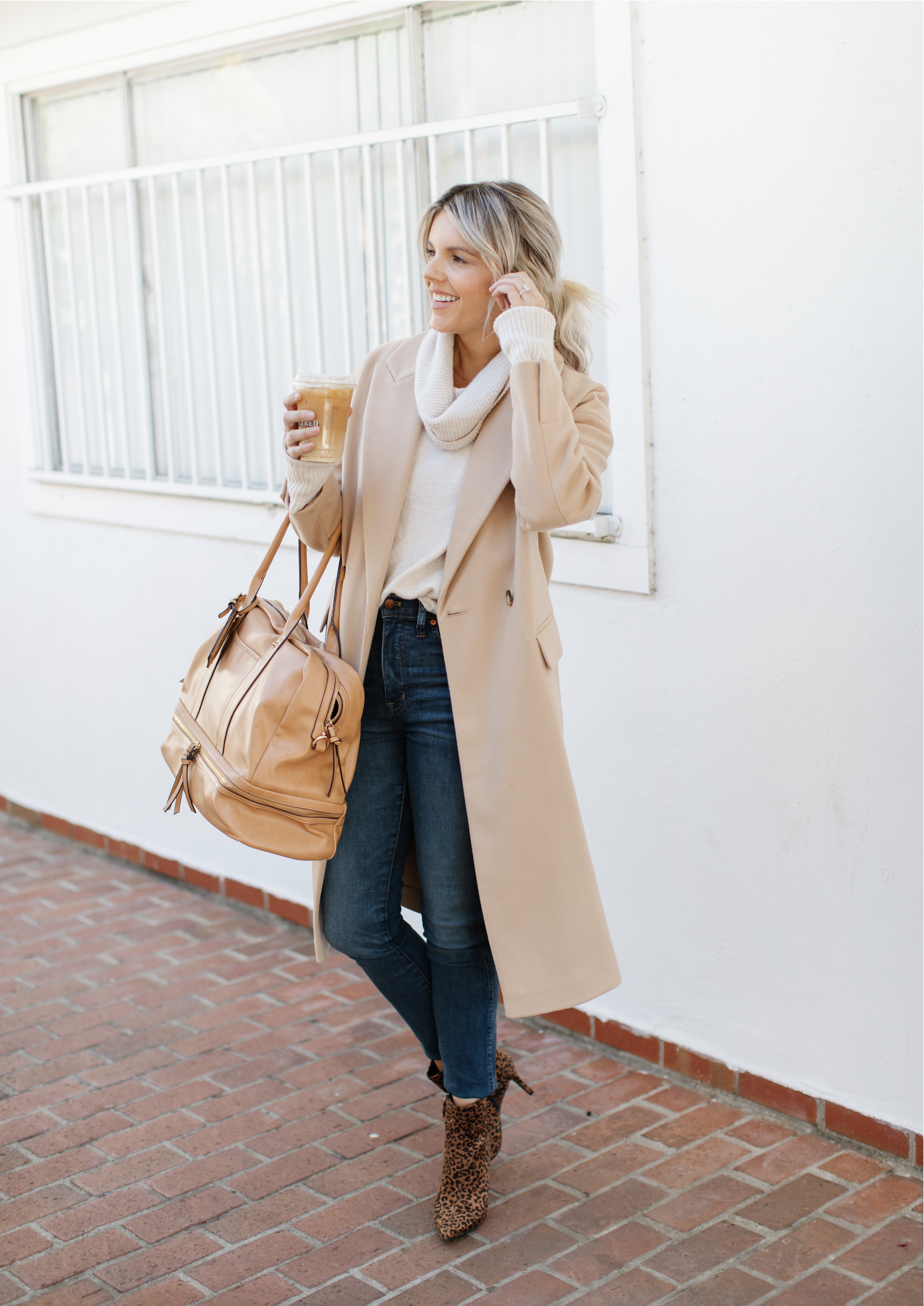 how-to-style-a-tan-coat