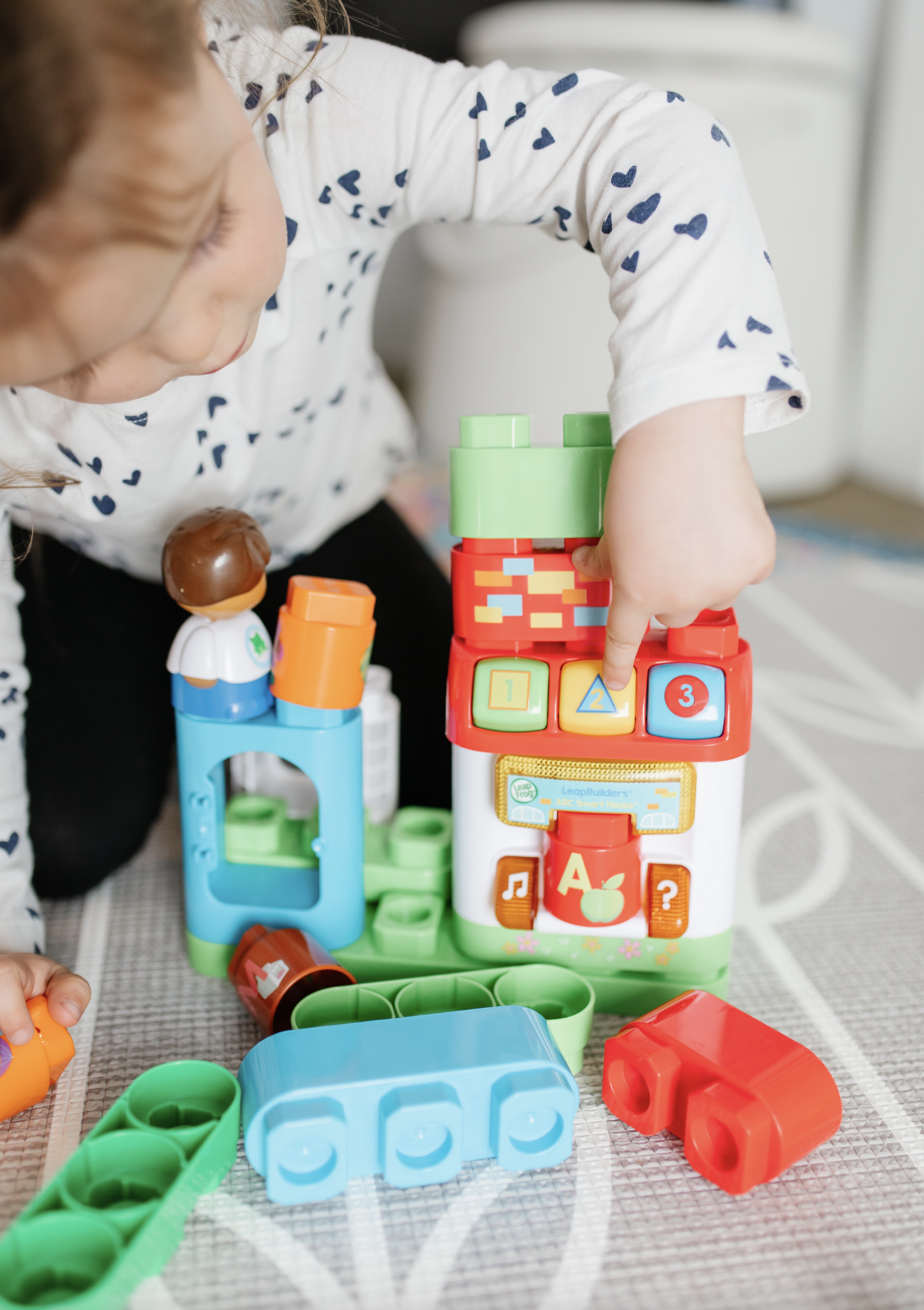 interactive-learning-toys-for-toddlers Leapbuilders